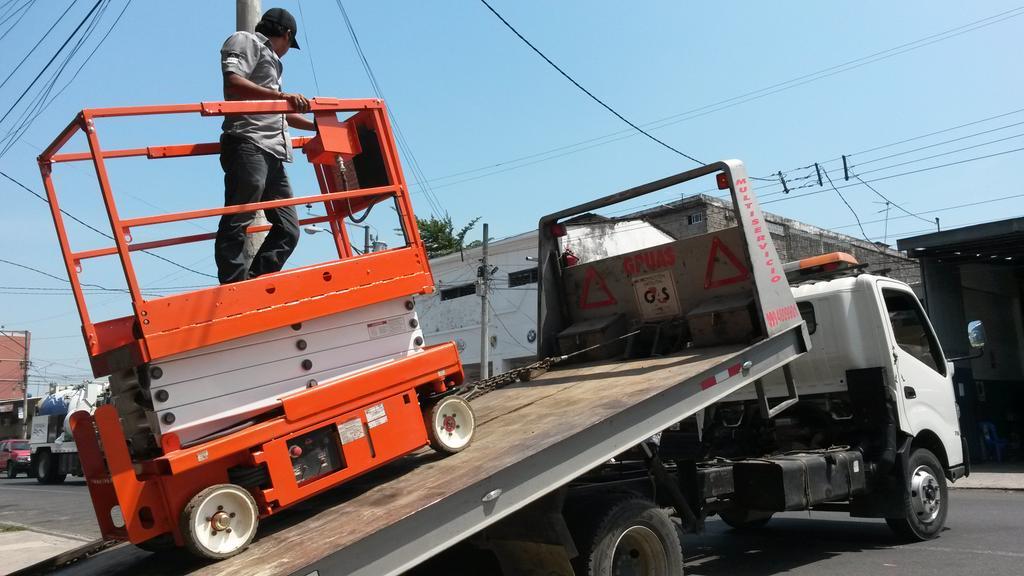 Kayar kasa kamyon ile platform nakliyesi