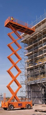 Dizel makaslı platform inşaat işinde